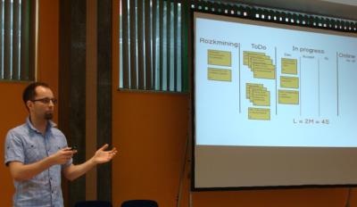 Karol z goldenline.pl podczas prezentacji